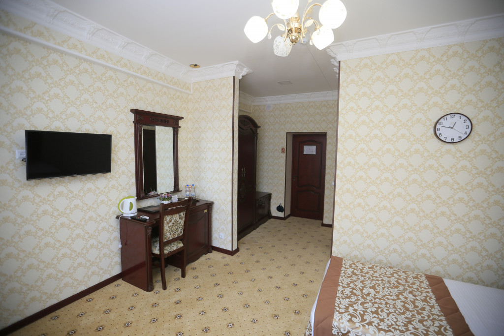 Room 2766 image 23242