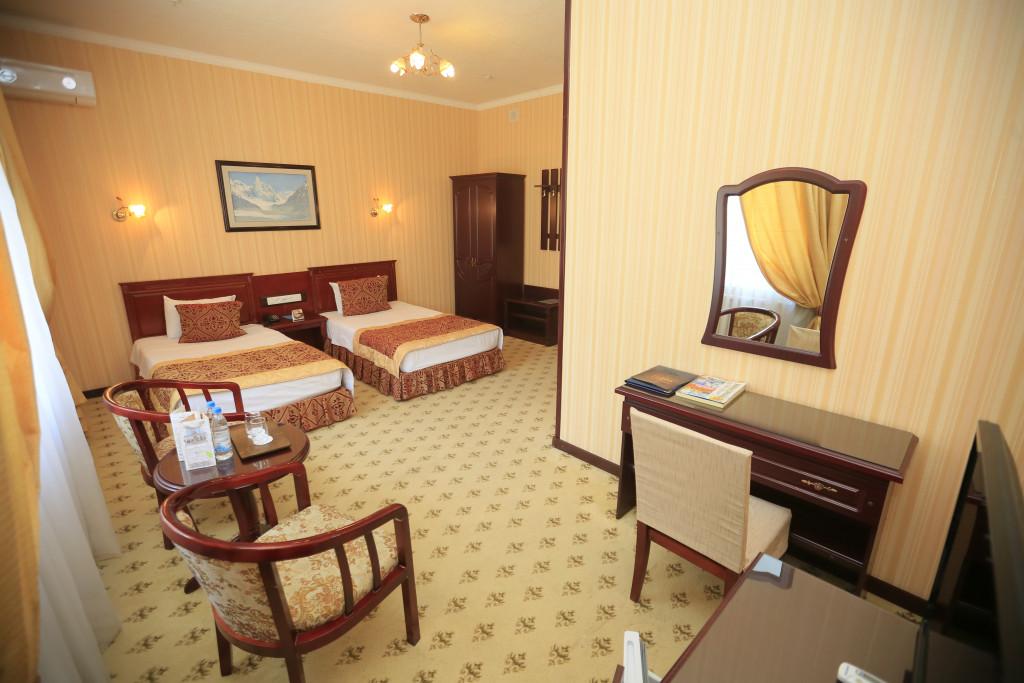 Room 2766 image 23257