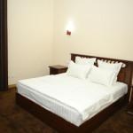 Room 2810 image 23575 thumb