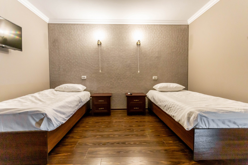 Room 4092 image 25053