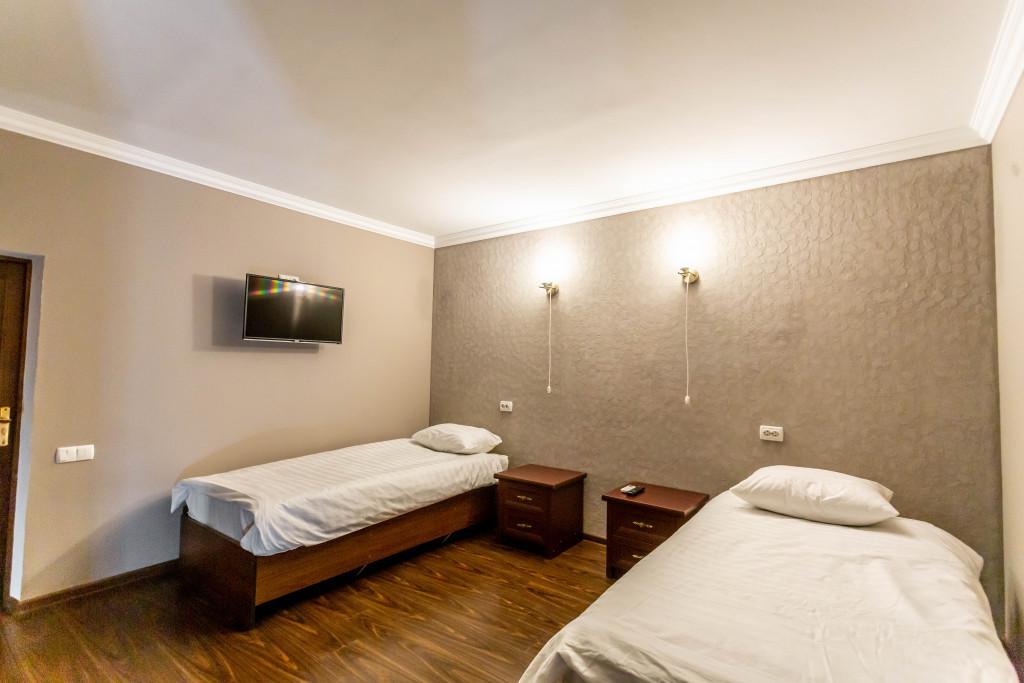 Room 4092 image 25056