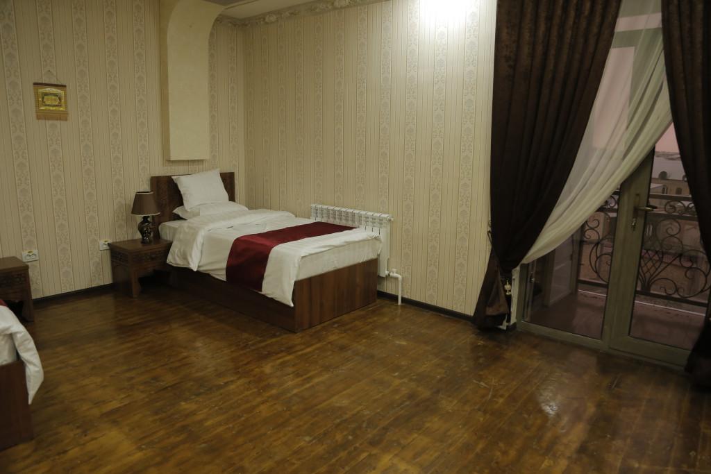 Room 3024 image 25825
