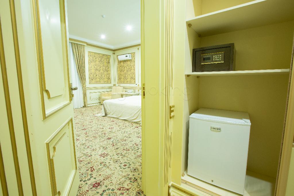 Room 3100 image 34375