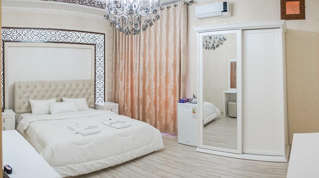 Room 3212 image 29613