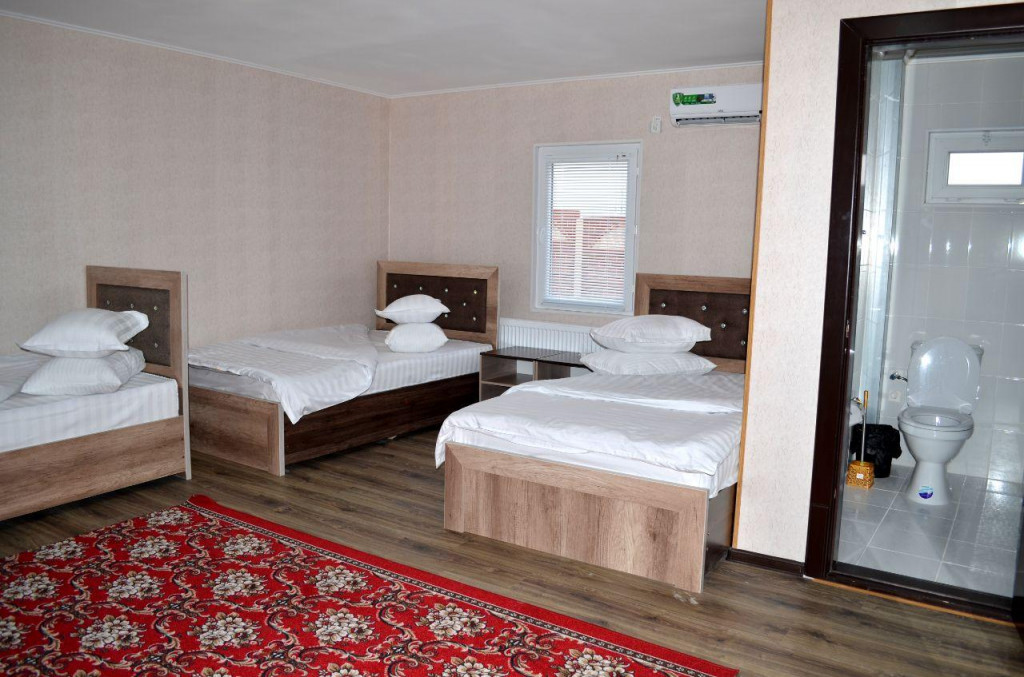 Room 3232 image 30435