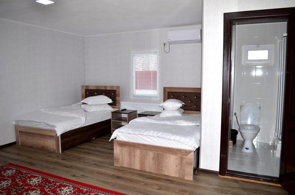 Room 3231 image 30437