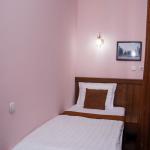 Room 623 image 40074 thumb