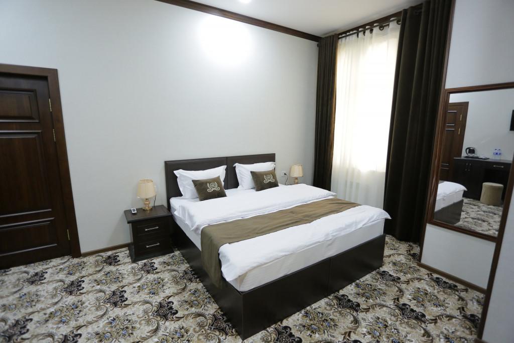 Room 3273 image 32444