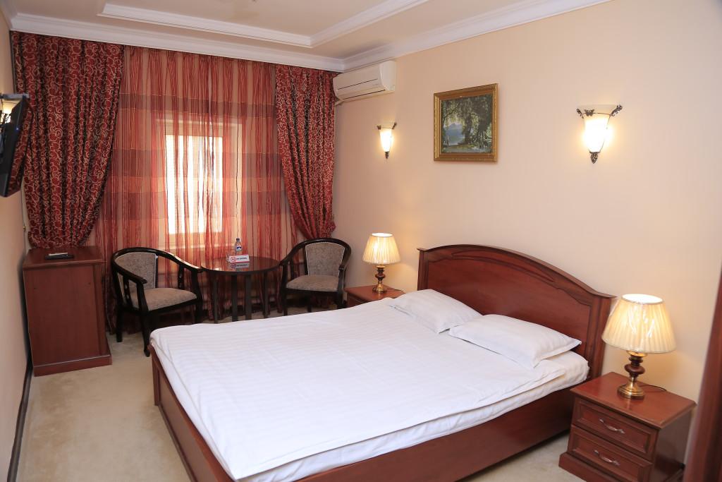 Room 3349 image 30582