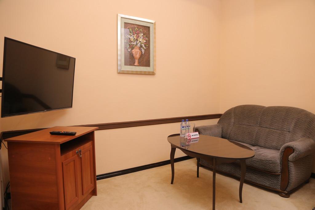 Room 3349 image 30743