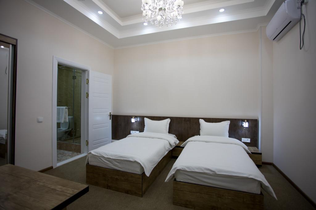 Room 3366 image 30576