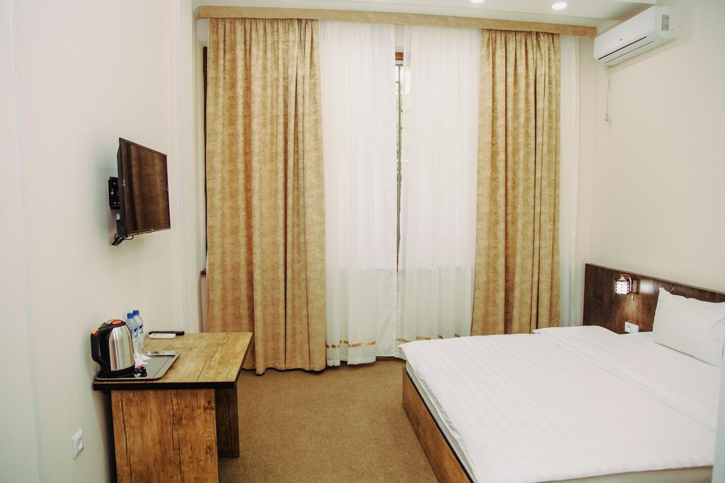 Room 3363 image 31266