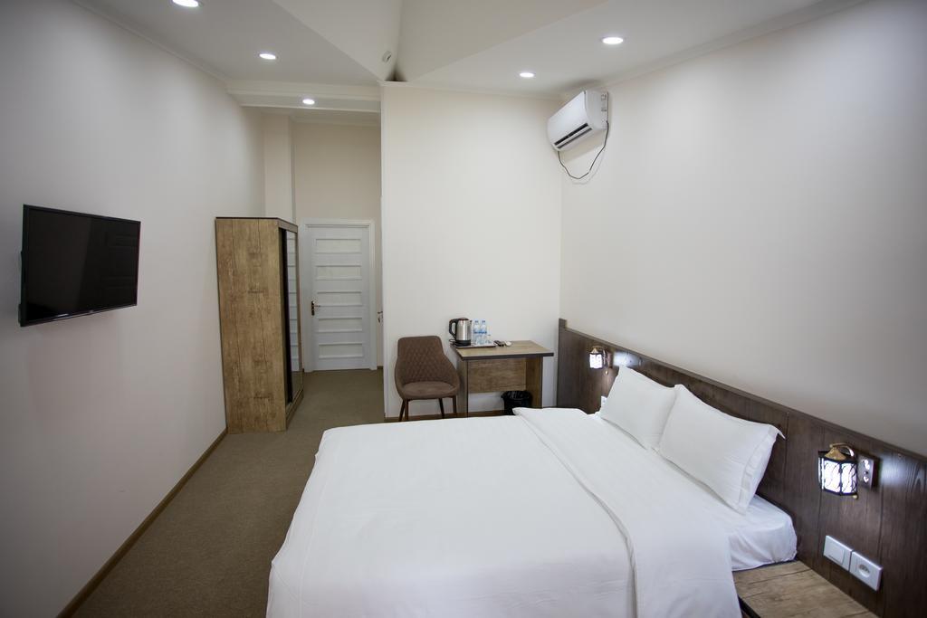 Room 3364 image 31277