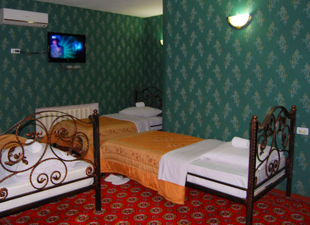 Room 3387 image 30810