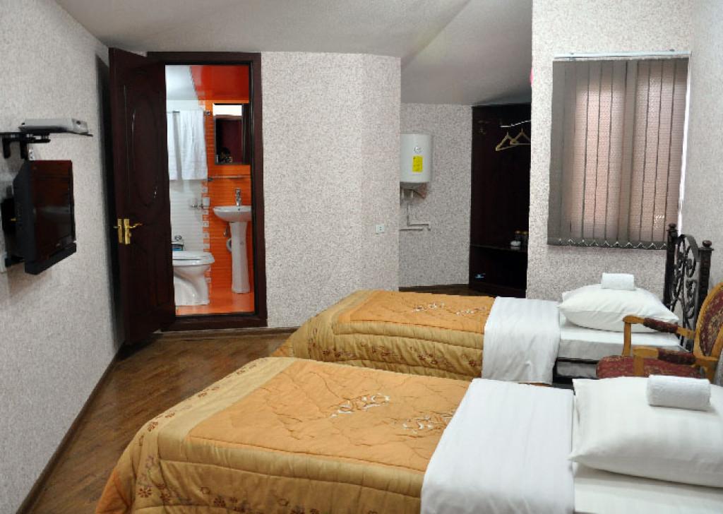 Room 3386 image 30829