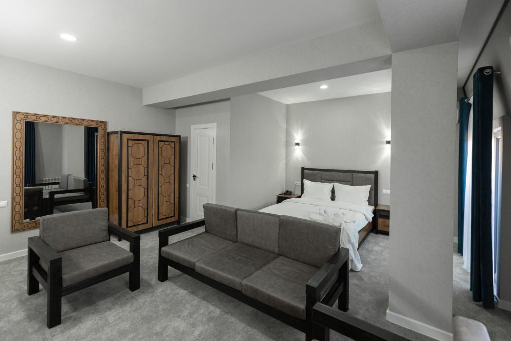 Room 3441 image 31898
