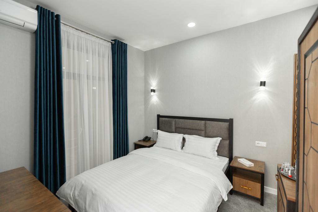 Room 3429 image 31910