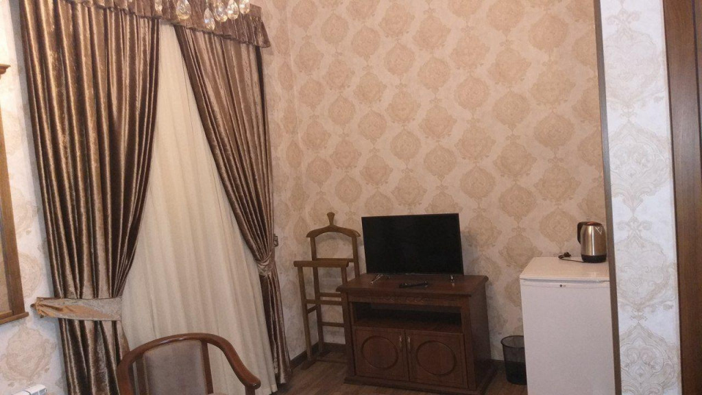 Room 3481 image 32380