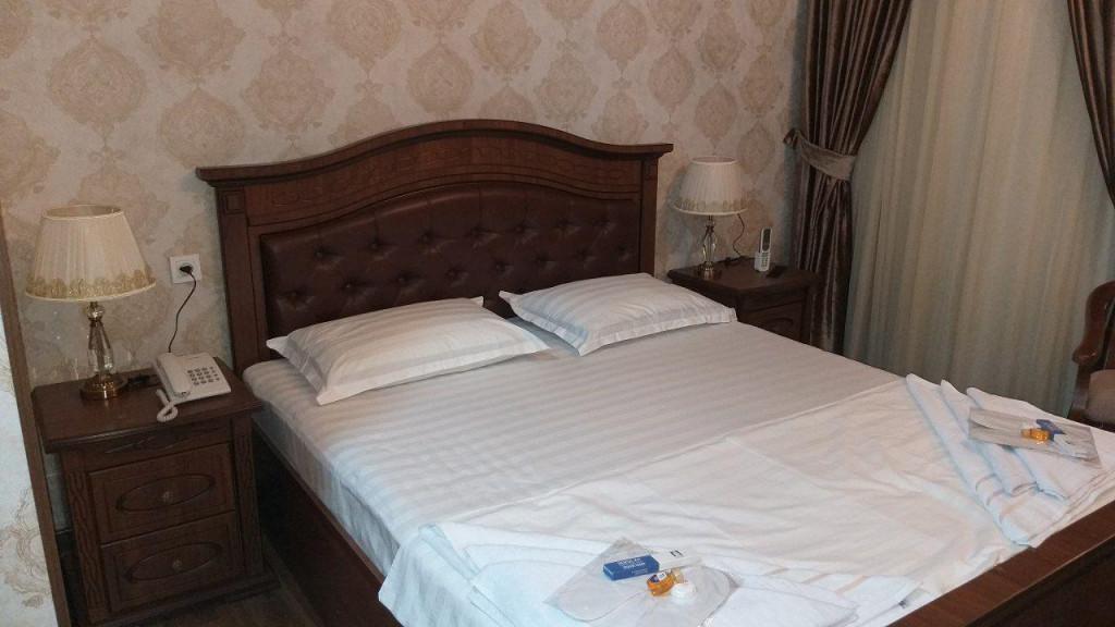 Room 3482 image 32379