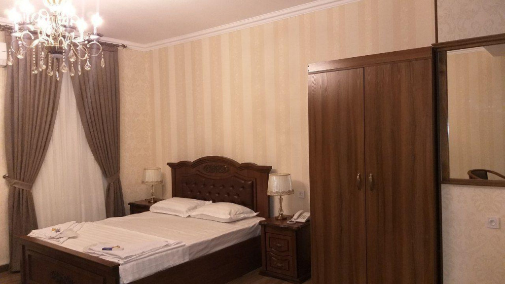 Room 3481 image 32389