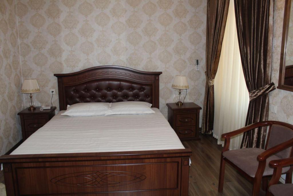 Room 3482 image 32403