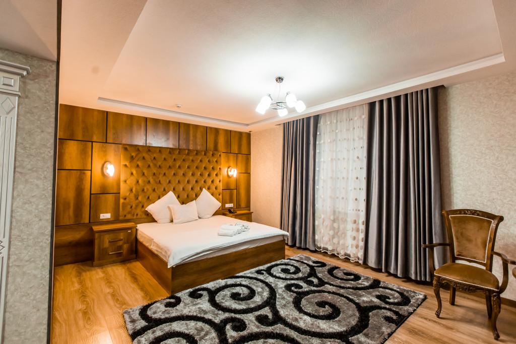 Room 3518 image 32722