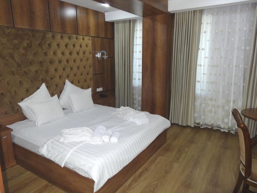 Room 3515 image 32780