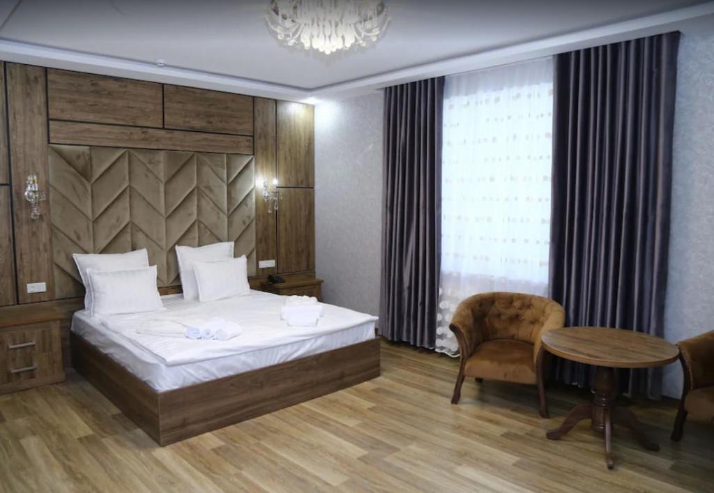 Room 3515 image 32781