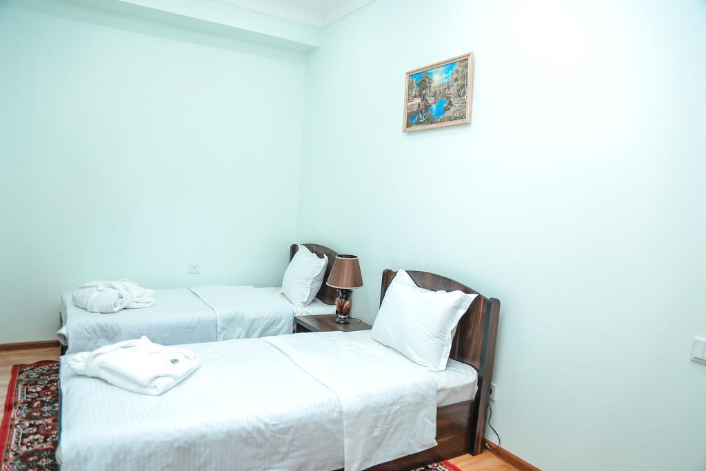 Room 3522 image 32881