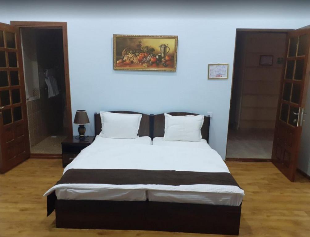 Room 3522 image 32896