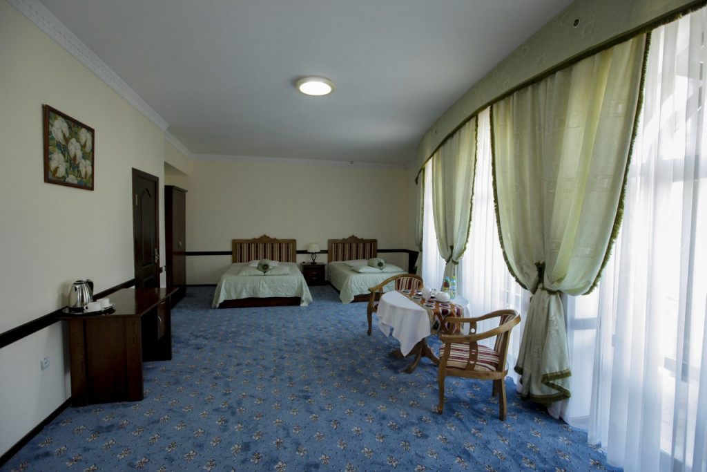 Room 3541 image 33095