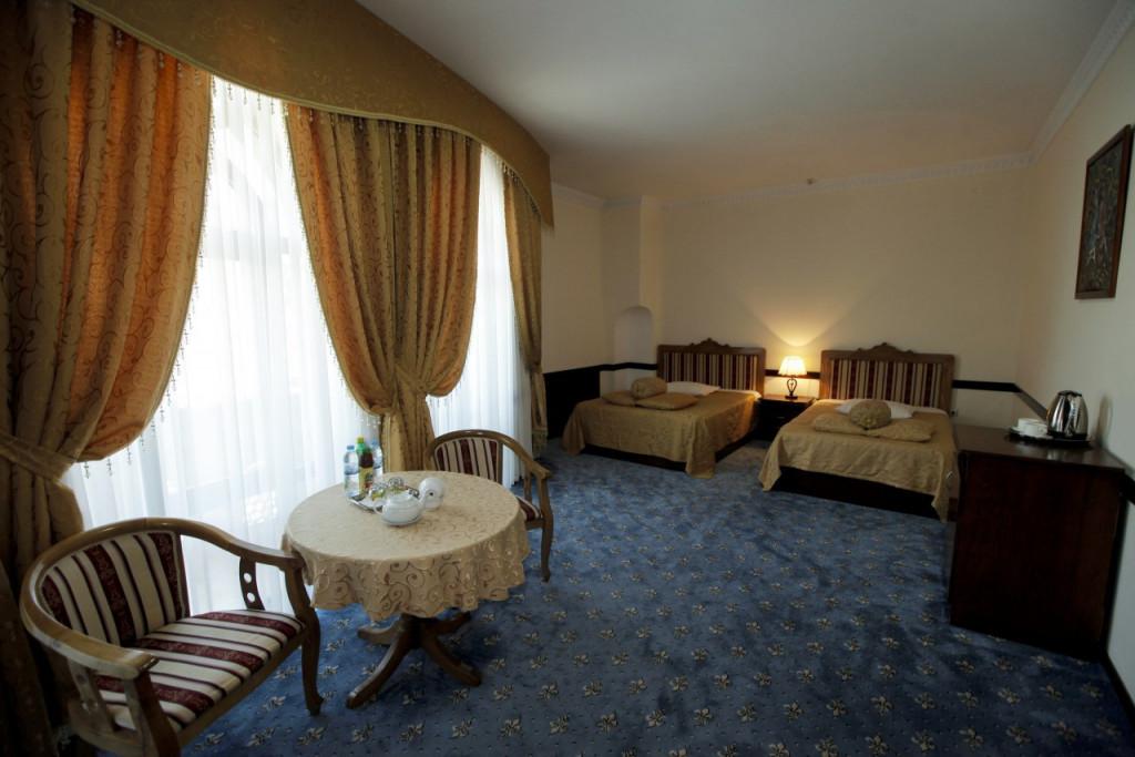Room 3541 image 33096
