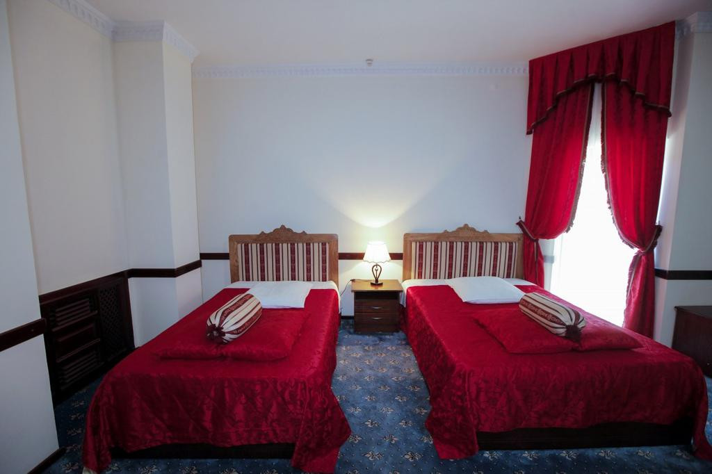 Room 3541 image 33297