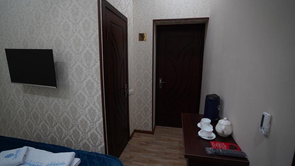 Room 3563 image 33564