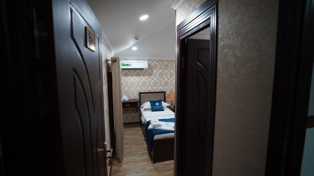 Room 3564 image 33579
