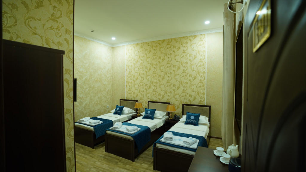 Room 3565 image 33587