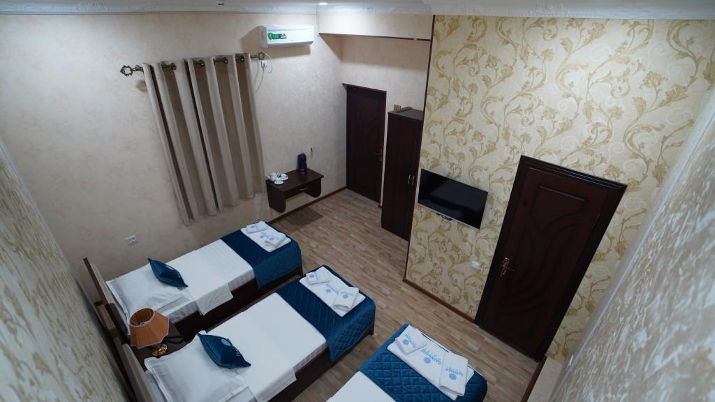 Room 3565 image 33595