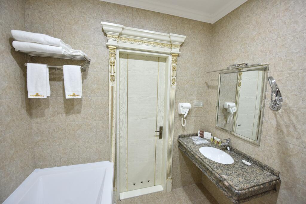 Room 3568 image 33711