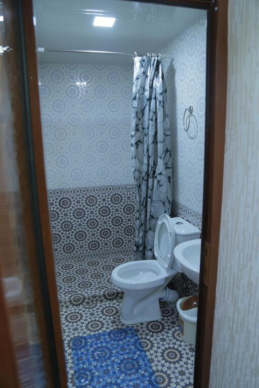 Room 3582 image 33779