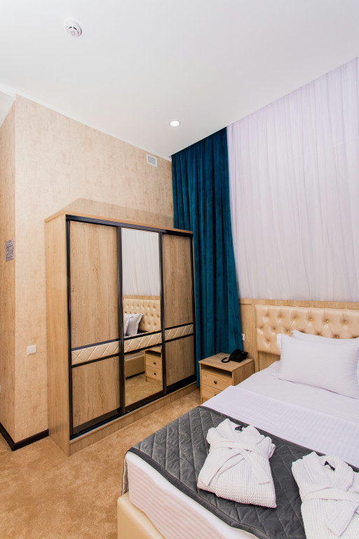Room 3679 image 35330