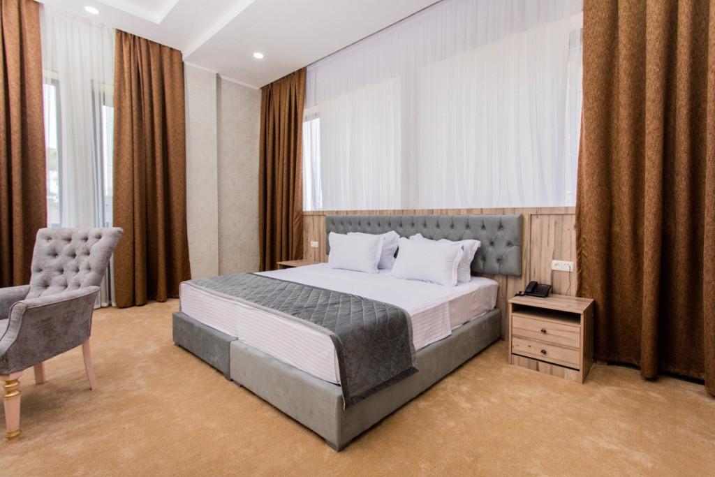 Room 3678 image 35359