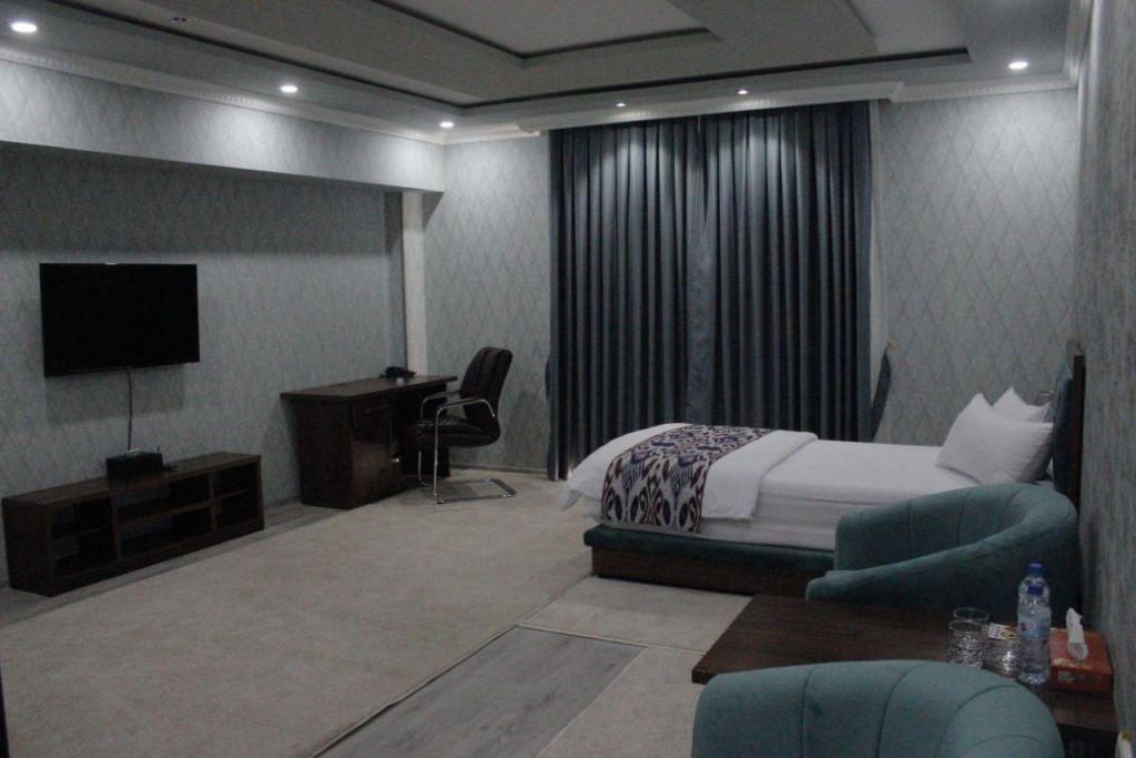 Room 3706 image 35704
