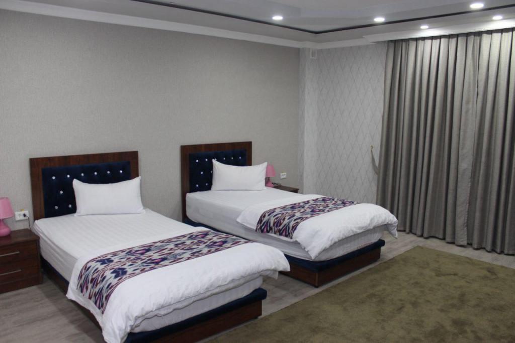 Room 3710 image 35713