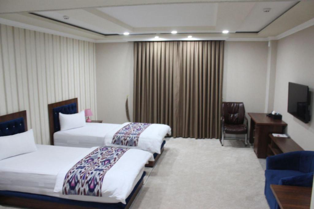 Room 3710 image 35715