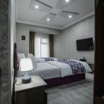Room 3707 image 35934 thumb