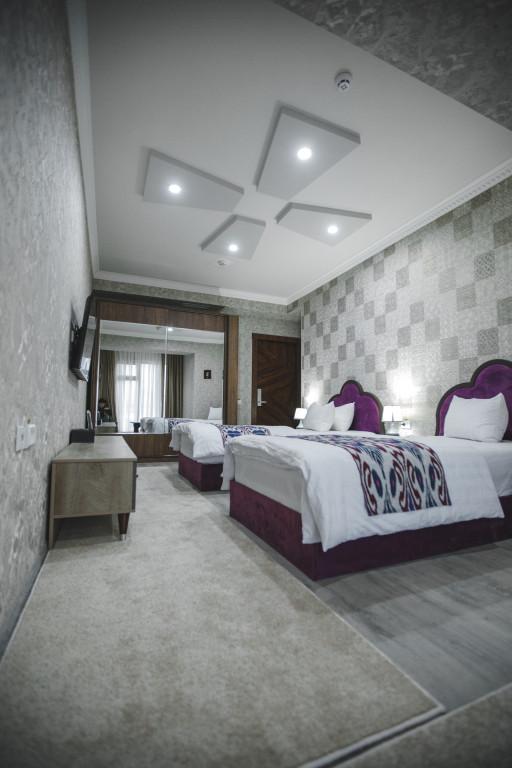 Room 3707 image 35937