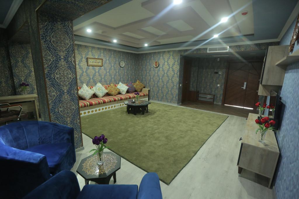 Room 3705 image 38911