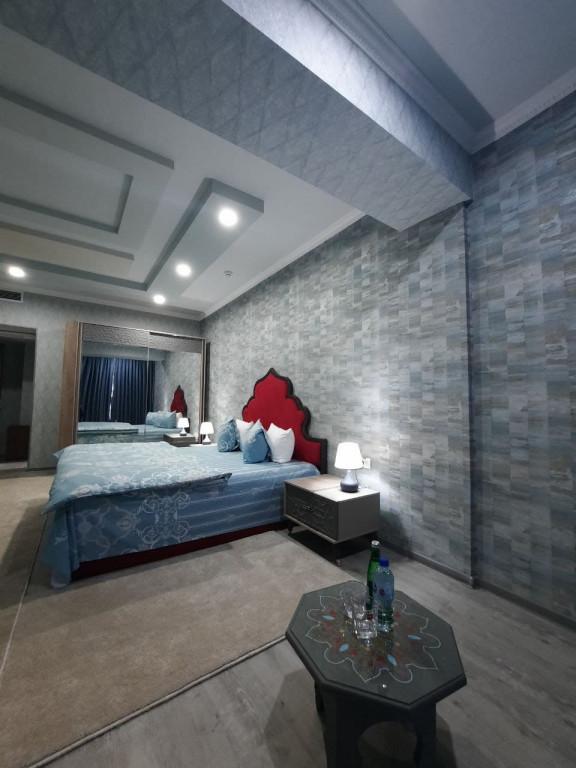 Room 3705 image 38918