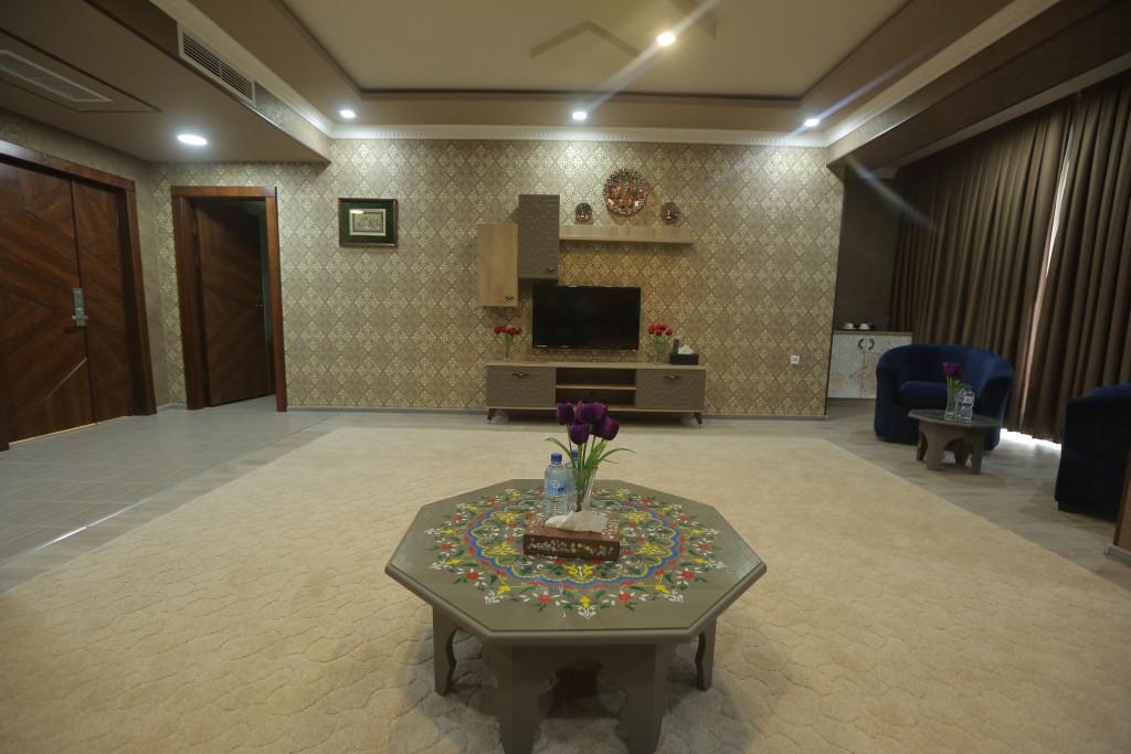 Room 3705 image 38919