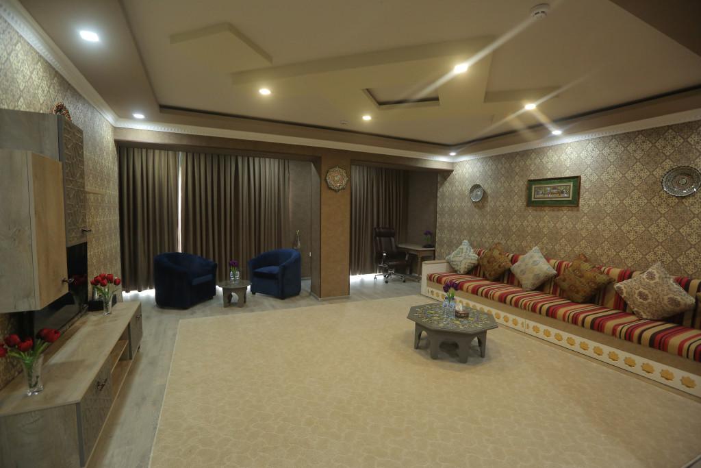 Room 3705 image 38920